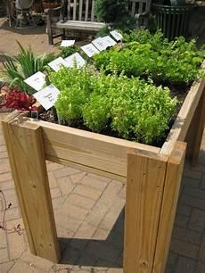 hochbeete selber bauen und bepflanzen hochbeet f 252 r balkon selber bauen und bepflanzen 20 tipps