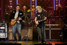 dead and company shows dead company performs quot shakedown quot on fallon s tonight show