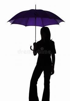 Le Frau Mit Schirm - silhouette de femme avec le parapluie photo stock image