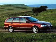 Volvo V40 Specs Photos 1996 1997 1998 1999 2000