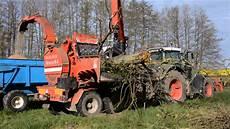 broyage de branche et d arbre avec un fendt 939 suivie d