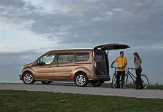 Ford Grand Tourneo Connect Estate 2013 Photos Parkers