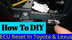 small engine repair training 2008 toyota camry solara on board diagnostic system how to replace ecm for a 2007 toyota rav4 where is the transmission ecu located 2005 prius
