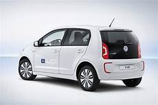 volkswagen e up new volkswagen e up debuts with 93 mile range combined