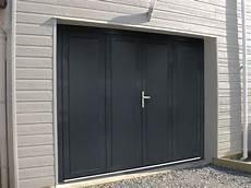 La Porte De Garage Battante Sofraferm Fen 234 Tres Portes