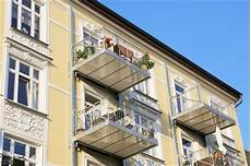 balkon anbauen ohne stützen rodzaje balkon 243 w grupa psb materiały budowlane