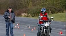 permis moto lille les permis de conduire d 233 livr 233 s au ralenti