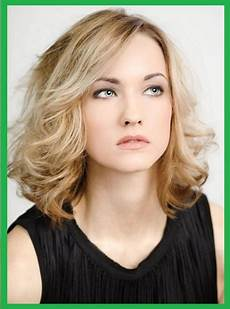 Frisuren Frauen Blond Mittellang
