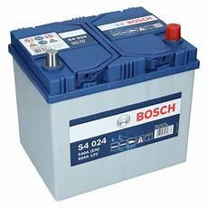 Autobatterie 60 Ah - pkw autobatterie 12 volt 60 ah bosch s4 024