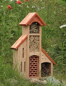 insektenhotel mit blumen bug hotel plight of the