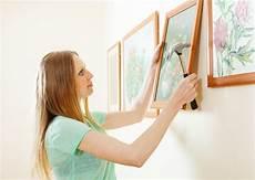 comment accrocher un tableau sans percer comment accrocher un tableau sans percer le mur