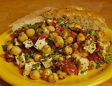 Rezepte Mit Getrockneten Tomaten - kichererbsensalat mit getrockneten tomaten und feta
