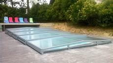 abris de piscine bas abri et couverture de piscine bas t 233 lescopique noveba v 233 nus
