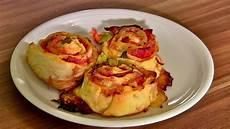 pizzabr 246 tchen pizzataschen pizza rolls pizzaschnecken