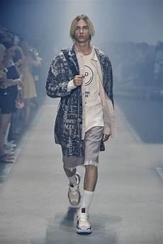Hugo Printemps 201 T 233 2019 Berlin Fashion Week