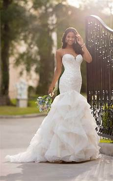 mermaid wedding dress with layered horsehair skirt stella york wedding dresses