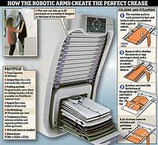 a robot that can fold your laundry in less than 1 minute