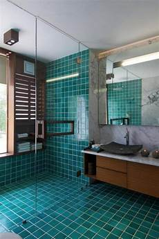 20 Amazingly Colorful Shower Tile Ideas