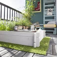 gazon sur terrasse gazon artificiel sur une terrasse ou un balcon tous nos
