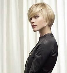 coupe de cheveux courts printemps 2015