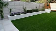 vorgarten ideen modern grey fence white painted wall garden yard
