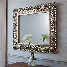 5 areas where a mirror should be placed correctly