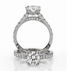 how much does a custom engagement ring cost