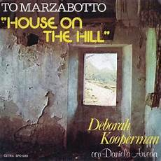 running up that hill testo canzoni contro la the house on the hill
