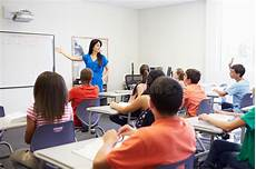 au cours high school taking class stock photo
