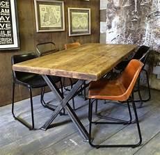 table salle a manger style industriel salle 224 manger de type industriel 16 id 233 es d 233 co inspirantes