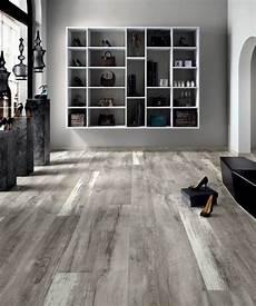 carrelage imitation parquet gris 13368 le carrelage aspect bois en 74 photos quels sont ses avantages sols