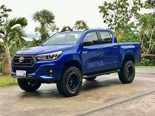 Toyota Hilux Conquest Features  Cars Review
