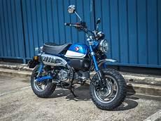honda monkey 125 honda monkey 125 2018 glittering blue motorcycles r us