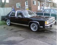 how make cars 1985 ford ltd crown victoria free book repair manuals babo1989 1985 ford ltd crown victoria specs photos modification info at cardomain