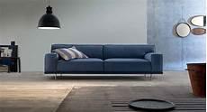 divano azzurro divano in tessuto azzurro arredamento moderno