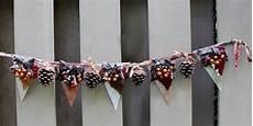 herbst girlande basteln dekorieren sie ihr haus mit dieser tollen diy herbst girlande