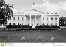 Haus Schwarz Und Weiß - das wei 223 e haus in schwarzweiss stockfoto bild 66601764