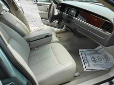 book repair manual 2006 lincoln town car security system sell used 2006 lincoln town car signature limited sedan 4 door 4 6l in montvale new jersey