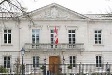 File Canadian Embassy In The Hague Jpg Wikimedia Commons