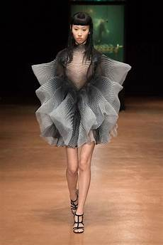 the house iris herpen celebrates its 10 years with a fashion show event