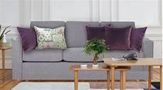 coussin pour canapé gris coussin velours violet quels coussins pour un canap 233