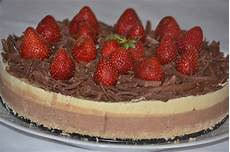 crema de lapte jamila reteta culinara tort de inghetata cu ciocolata si vanilie bucataras