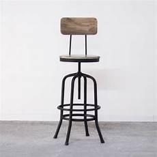 chaise de bar haute chaise haute industrielle de bar en m 233 tal avec dossier