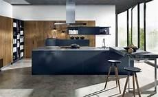 cuisine bleu gris canard ou bleu marine code couleur et
