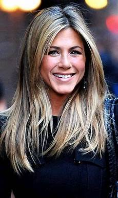 15 Great Aniston Hairstyles Aniston