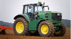 deere s fully electric tractor project update