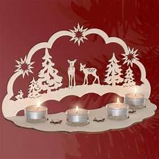 stimmungsvolle dekorationen aus holz lichterbogen rehe