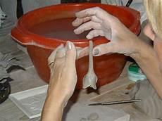 cornici in ceramica ceramics fiori applicati in ceramica fiori in argilla