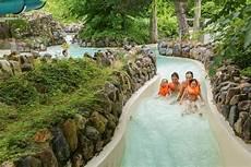 cing resort center parcs les bois francs francia
