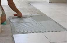 Fußboden Fliesen Verlegen - untergrund beim fliesen verlegen 187 so bereiten sie ihn